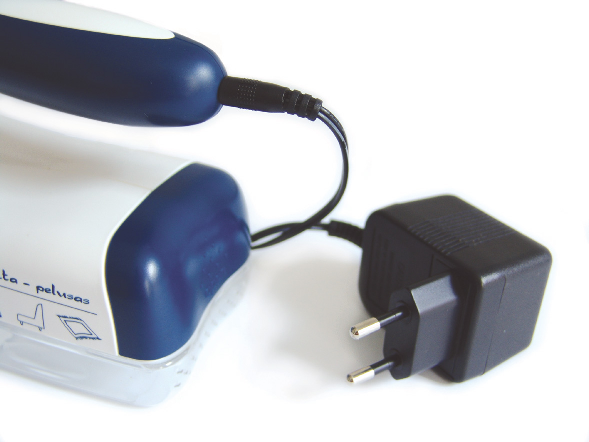 H 101 - Textilborotva hálózati adapterrel